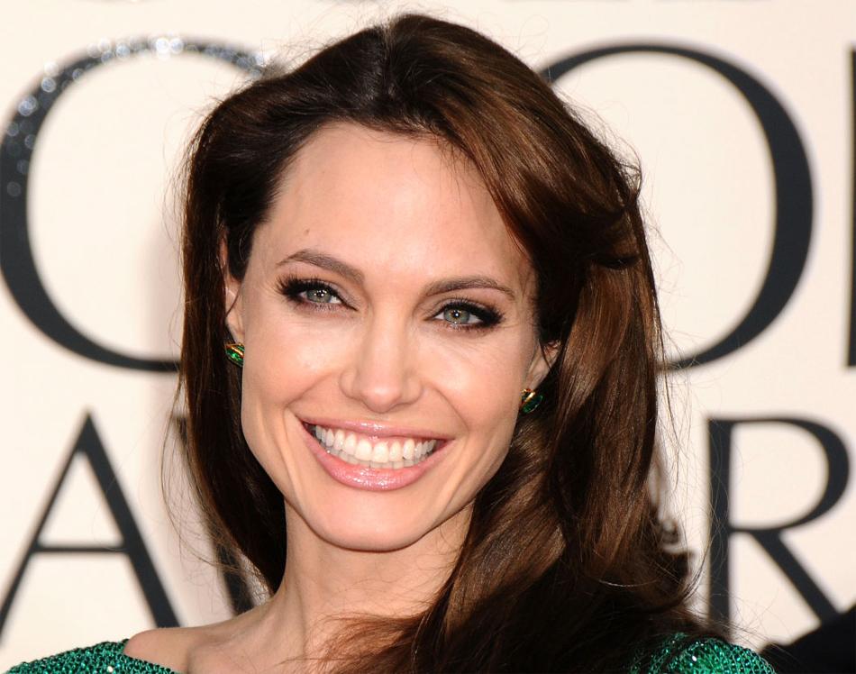 Angelina Jolie 50 Sombras crop