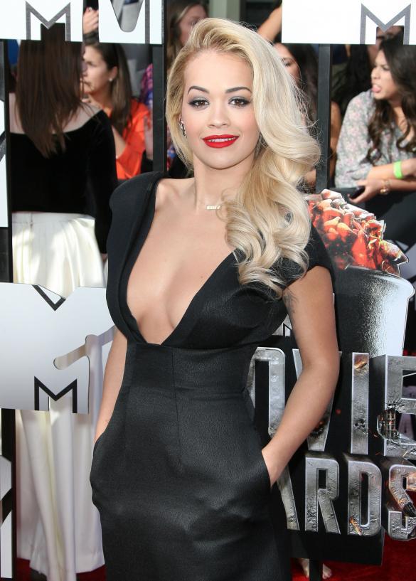 Rita-Ora 50 Sombras MTV Movie Awards abril 2014 1