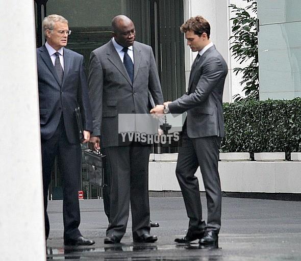 Fotos rodaje 13 octubre segunda escena en las oficinas de 50 shades of grey house