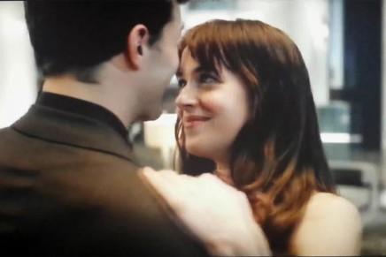 Screencaps y gifs animados del nuevo adelanto del segundo trailer 50 Sombras de Grey