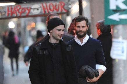 Jamie Dornan en el Red Lion Bar en Nueva York