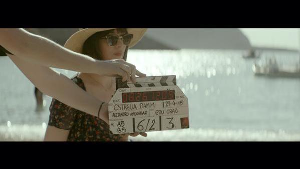 Dakota Johnson 50 Sombras Estrella Damm 2