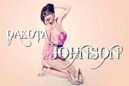 ¡Más imágenes de Dakota Johnson en SNL!