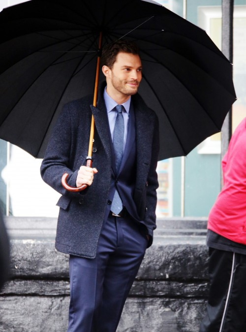51984509 Stars are spotted on the set of 'Fifty Shades Darker' in Vancouver, Canada on March 01, 2016. Stars are spotted on the set of 'Fifty Shades Darker' in Vancouver, Canada on March 01, 2016. Pictured: Jamie Dornan FameFlynet, Inc - Beverly Hills, CA, USA - +1 (310) 505-9876