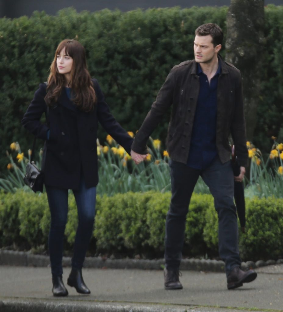52012878 'Fifty Shades Darker' stars Dakota Johnson and Jamie Dornan go to the hair salon in Vancouver, Canada on April 4, 2016. FameFlynet, Inc - Beverly Hills, CA, USA - +1 (310) 505-9876