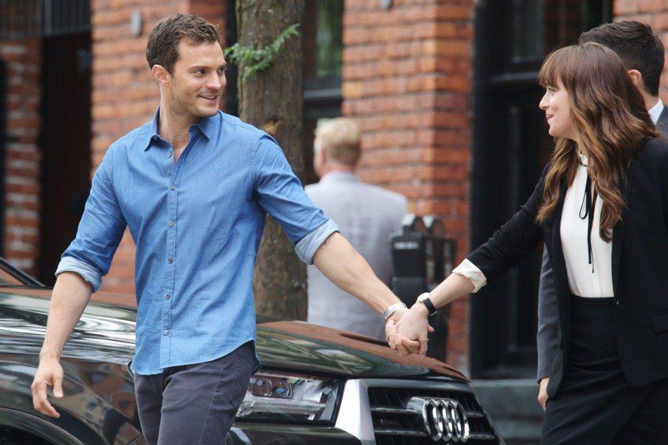 Rodaje 20 de junio: Exteriores y… ¡Nuevo beso entre Christian y Anastasia!