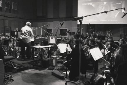 Grabación de la banda sonora (score) de la película 50 Sombras Más Oscuras