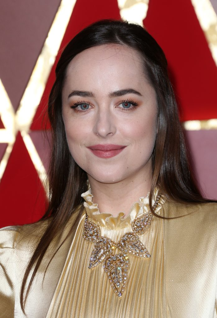 Dakota Johnson Oscars 2017 3
