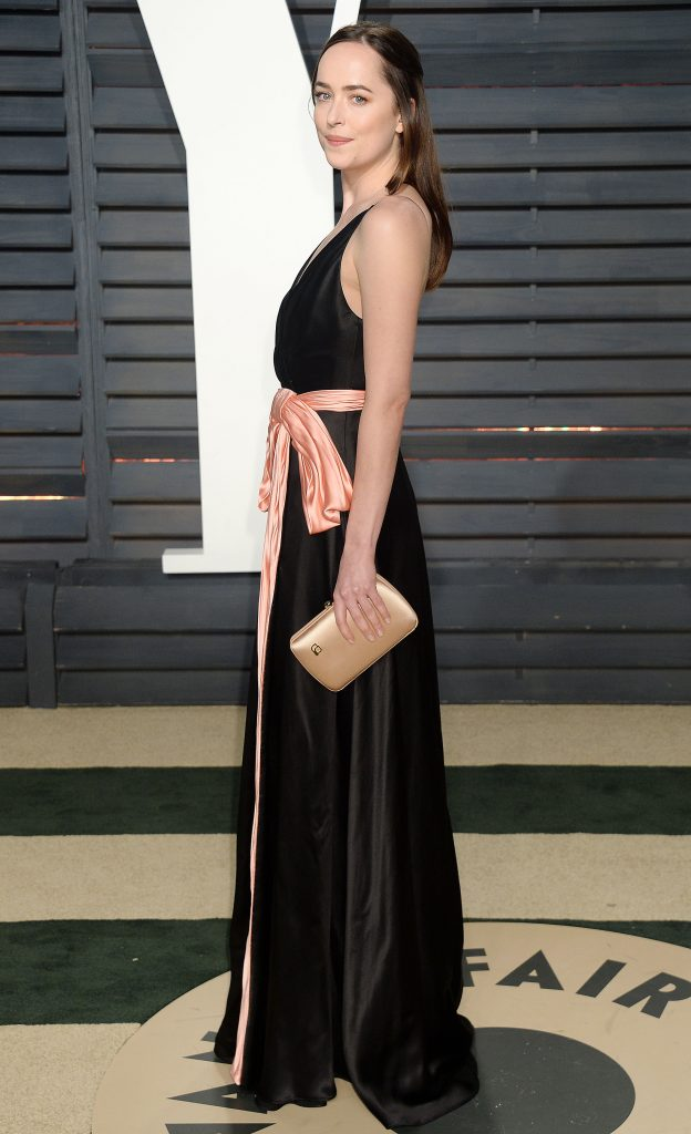 Dakota Johnson VF Oscars 2017 3