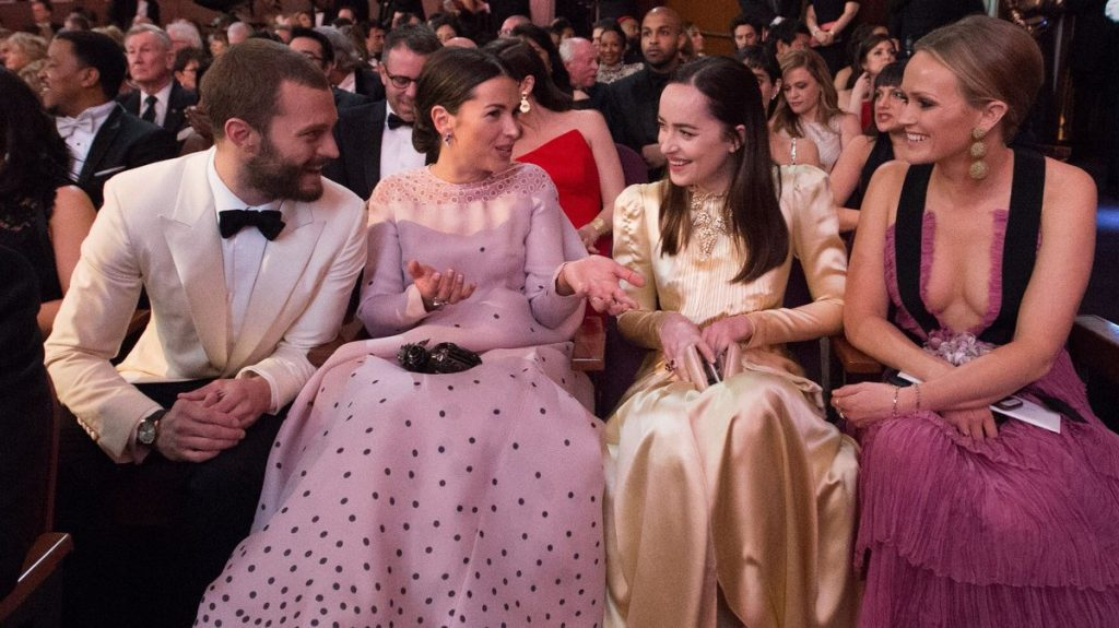 Jamie Dornan Dakota Johnson Oscars 2017 1 bis