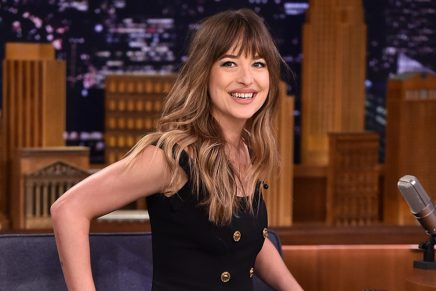 Dakota Johnson en el Show de Jimmy Fallon – Enero 2018